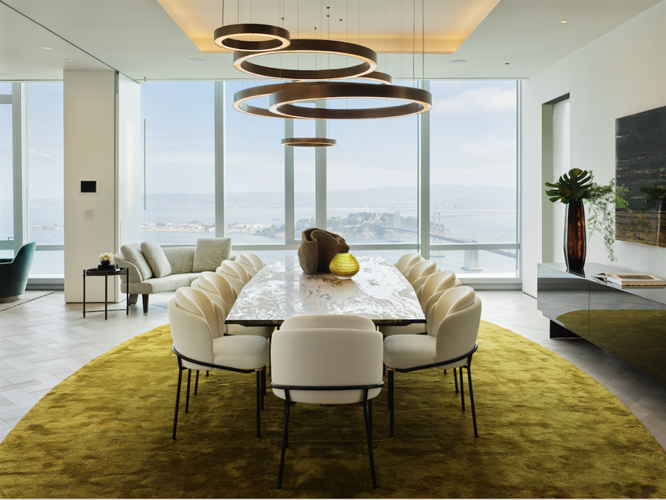 Grand Penthouse dining room